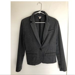 Long sleeve blazer, business casual with comfort